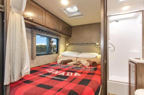 Four Seasons RV Rentals - Class C Medium Motorhome | Rear Bed
