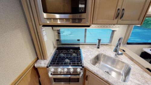 Four Seasons RV Rentals - Class C X-Large Motorhome | Kitchen