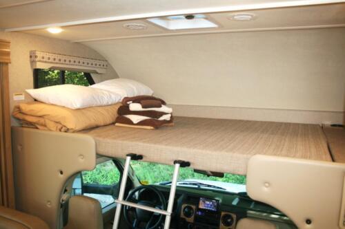 Four Seasons RV Rentals - Class C X-Large Motorhome | Cab Bed